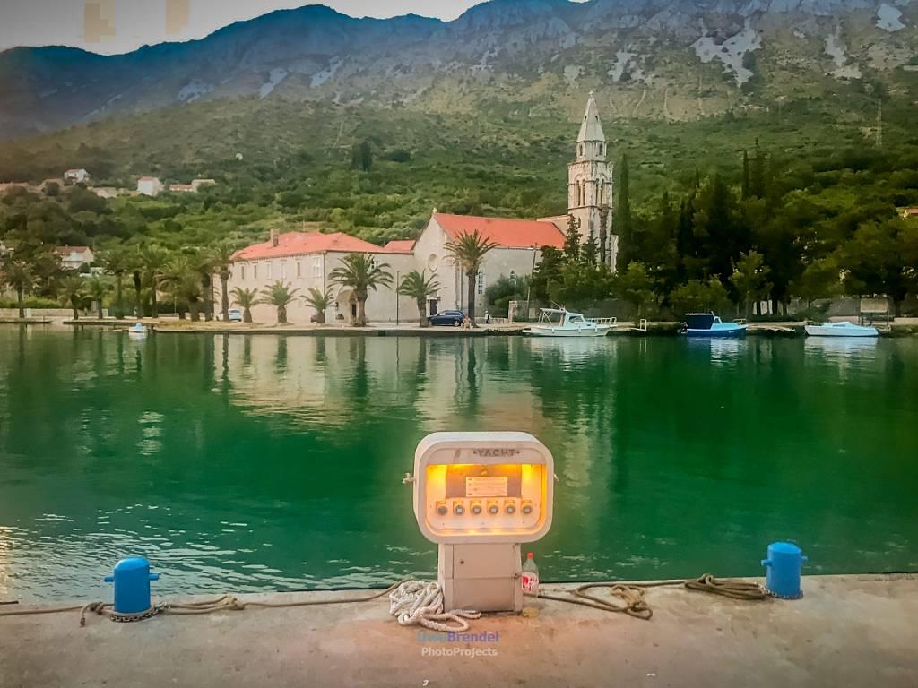 - Kroatien